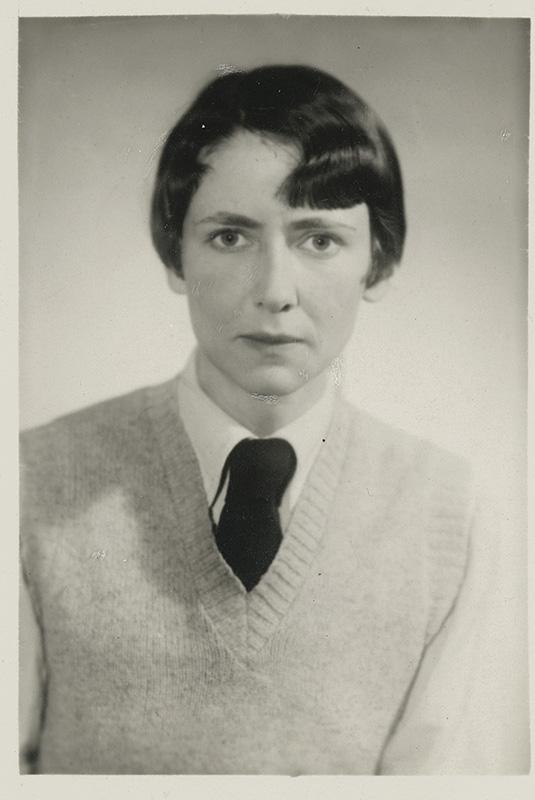 Passbild, vermutlich um 1938 aufgenommen. Aus dem Nachlass von Ruth Körner EB 97/140, Deutsches Exilarchiv 1933-1945, Frankfurt am Main.